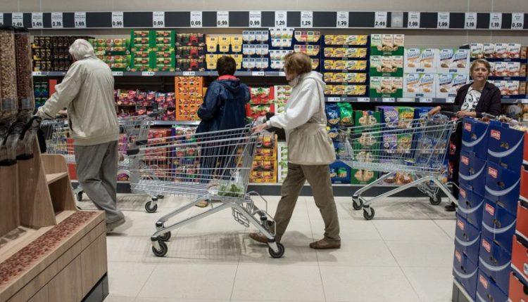 Lietuva vejasi Didžiąją Britaniją: ne pagal algas, o pagal kainas