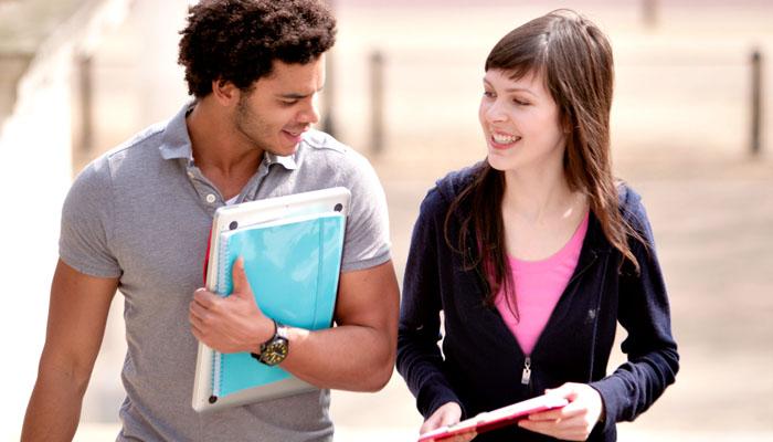 Europos Sąjungos studentai ketinantys studijuoti JK universitetuose 2018-2019 mokslo metais dar galės pasinaudoti studentų finansavimo parama