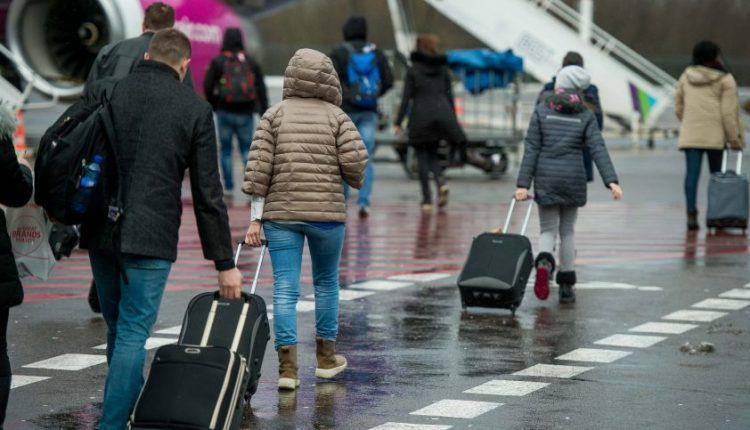 Lietuvoje fiksuojama rekordinė imigracija, didžioji emigracijos banga slopsta