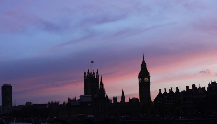 Britanijos parlamentarai nubalsavo už išsikraustymą iš Vestminsterio per rūmų renovaciją