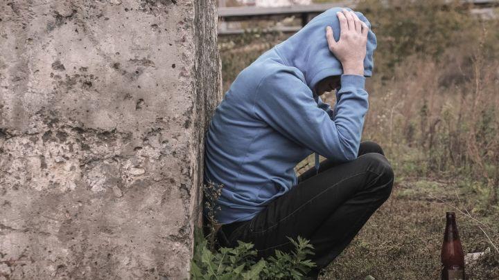 Kalinys, mušeika ir alkoholikas atsikvošėjo avarijoje praradęs sūnų
