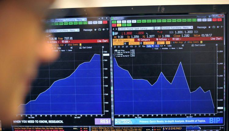 Europos akcijų rinka išaugo, Londono FTSE 100 sumažėjo