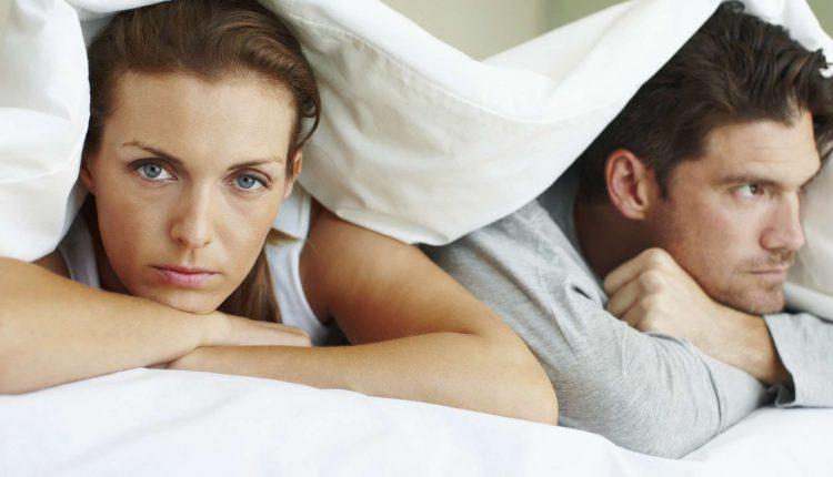 Vienatvės kančios: kodėl susitikinėjame su bet kuo