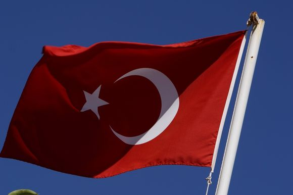 Irakas iškvietė Turkijos ambasadorių pasiaiškinti dėl aviacijos smūgių